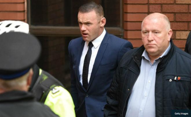 Rooney lãnh án cực nặng do lái xe khi say sỉn