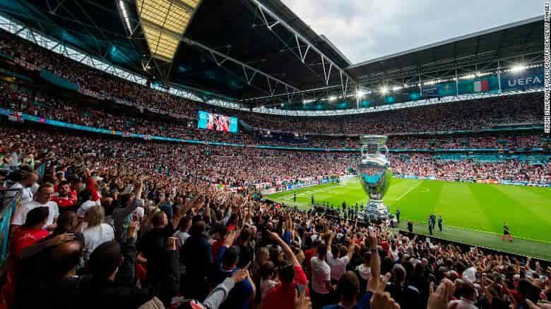 Sau chung kết Euro 2020 bắt 11 người vì lạm dụng phân biệt chủng tộc